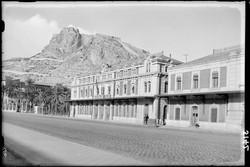Alicante Custom