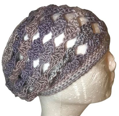 Pearly Shells Slouchy Beanie