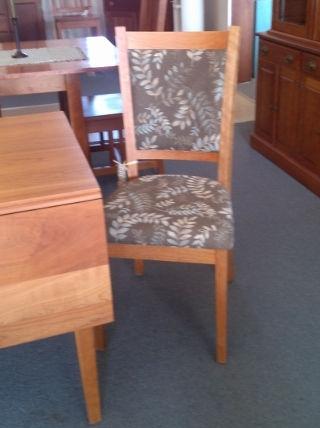 Upholstered back chair (480x640).jpg