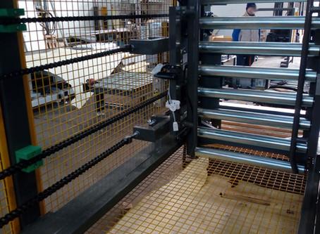 Sollevatore a catena per la movimentazione verticale