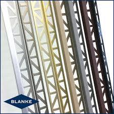 blanke edge.jpg