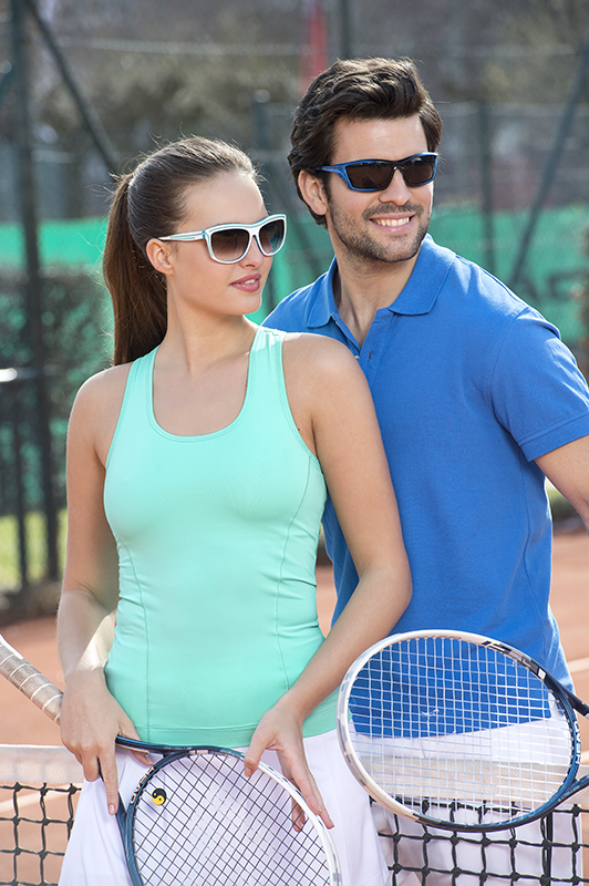 Tennis with sunglasses
