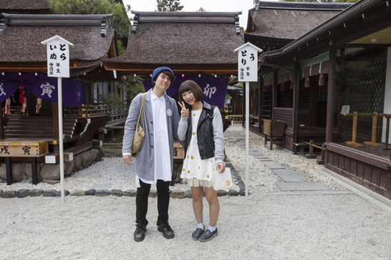 JAPAN - short encounters with tourists in shrines