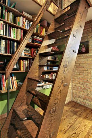 Alternating stairway