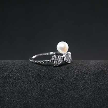Beautiful Silver Ring With 8mm Pearl