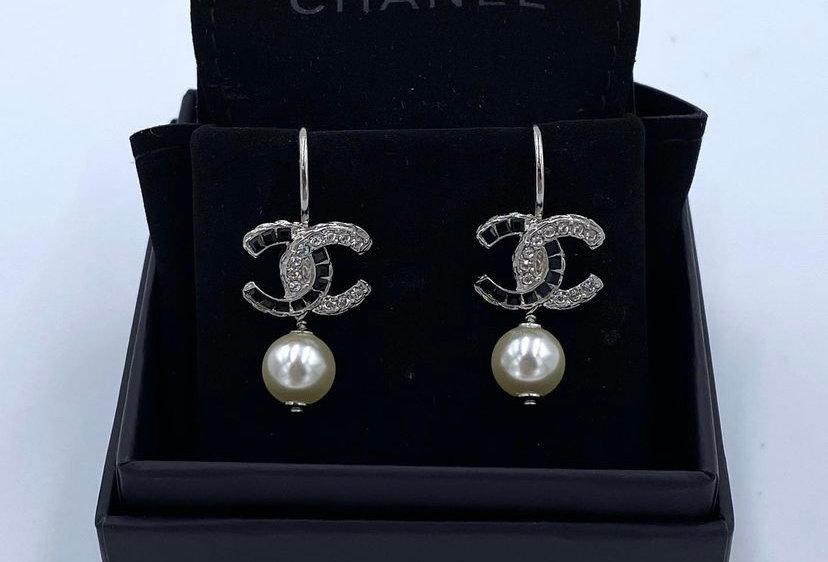 Chanel 17B Pearl Stone Earrings