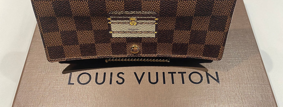 Louis Vuitton Illustre Trunks & Locks Sarah Long Wallet