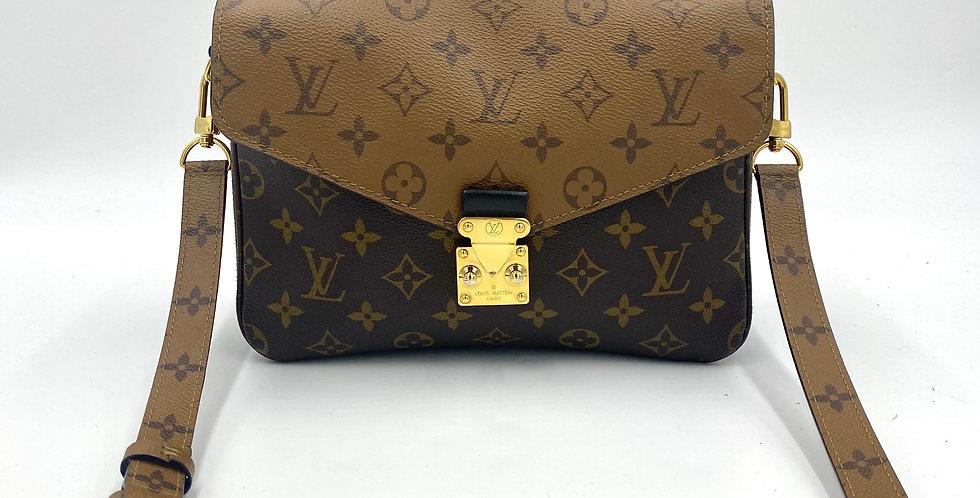 Loui Vuitton Reverse Monogram Pochette Metis
