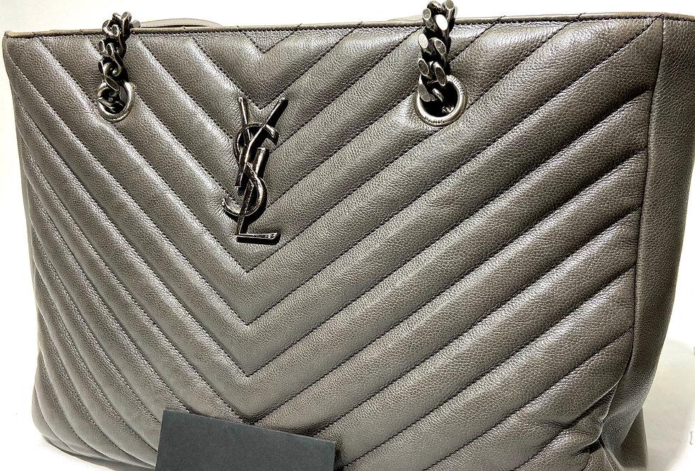 Yves Saint Laurent YSL Sheepskin Classic Matelasse Chevron Large Monogram Bag