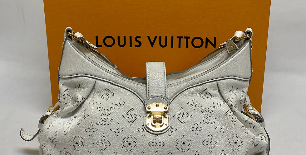 Louis Vuitton White Mahina Solar PM