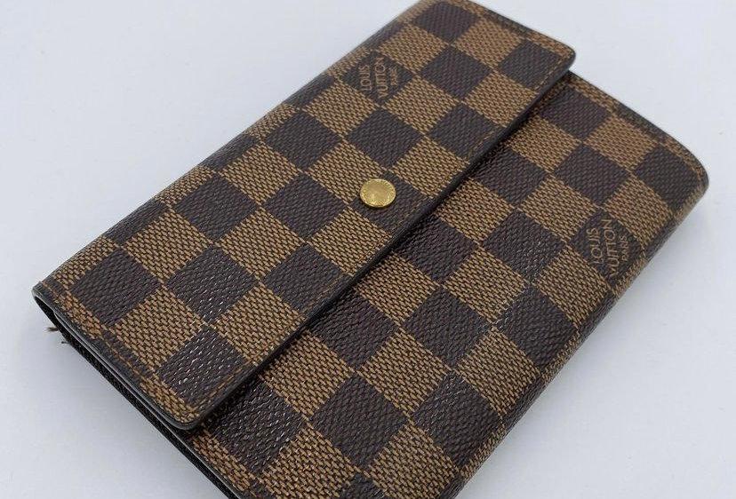 Louis Vuitton Alexandra Wallet