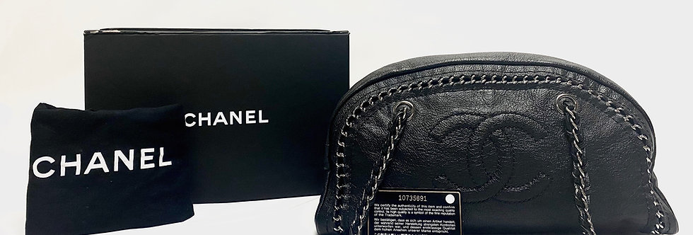 Chanel Black Luxe Ligne Bowler Bag