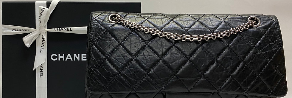 Chanel Black 2.55 Reissue 227 Quilted Classic Calfskin Leather Jumbo Flap Bag