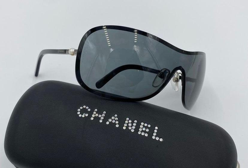Chanel Perle One Piece Lens Sunglasses
