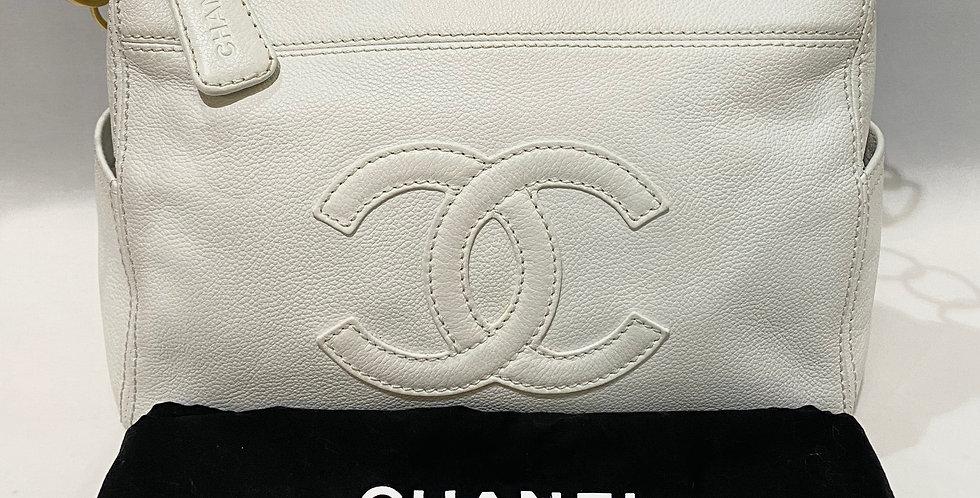 Chanel White Grained Calfskin Shoulder Bag