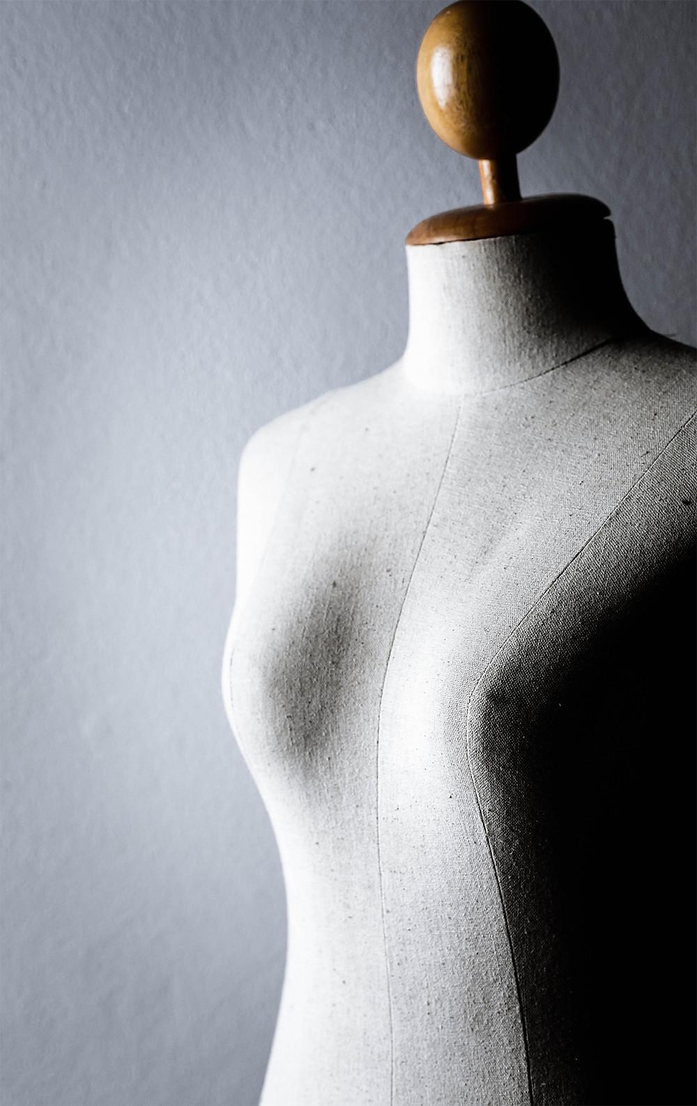apparel mannequin