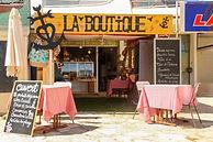 LA BOUTIQUE - 1.jpg