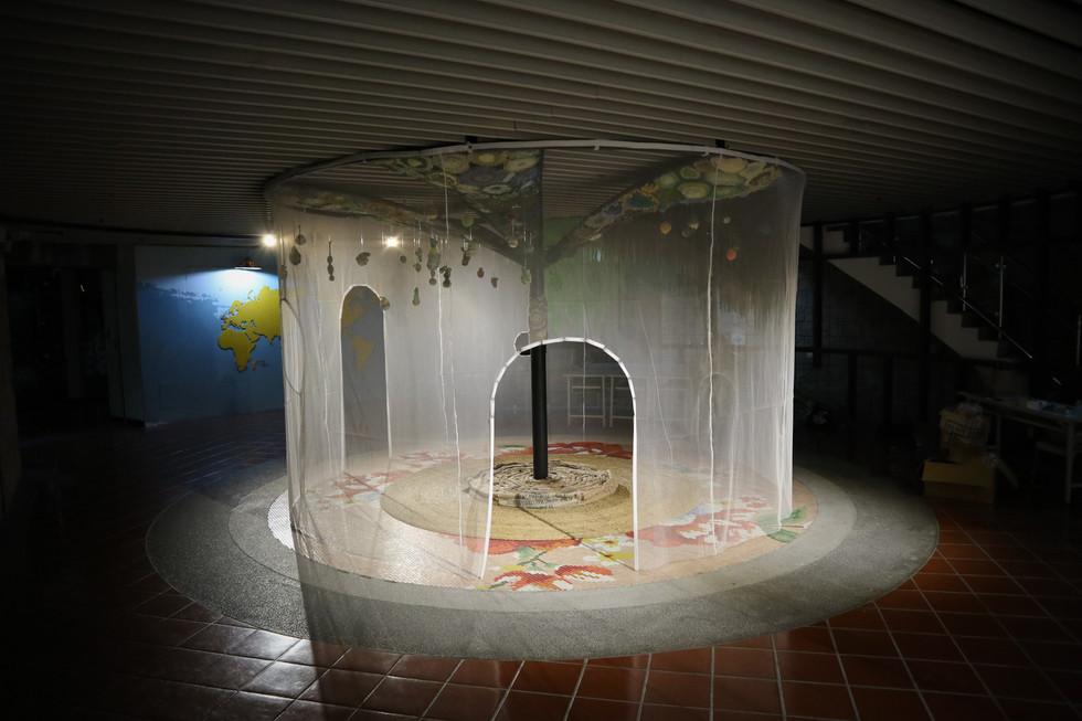 tzu.fen.lin_installation_underthetree_co