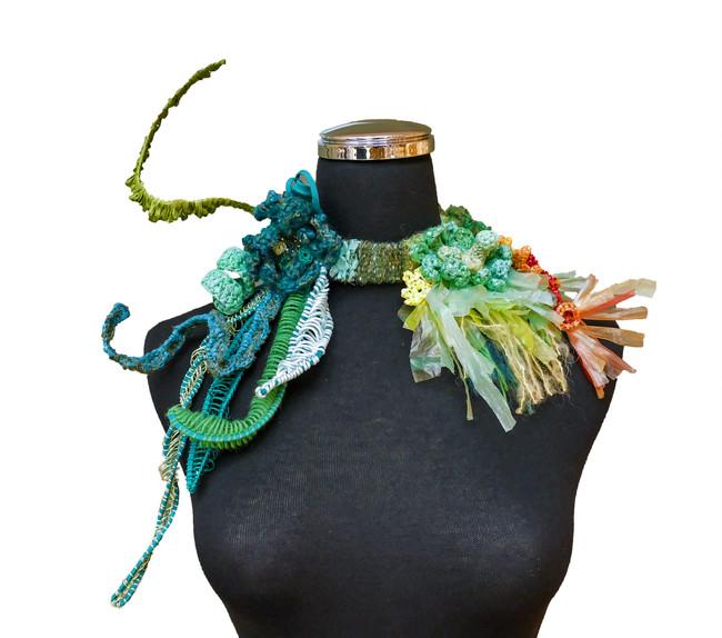 tzu.fen.lin_lichen.necklace_1.jpg