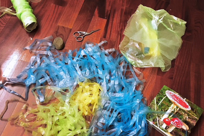 tzu.fen.lin_plastic.mushroom_11.jpg