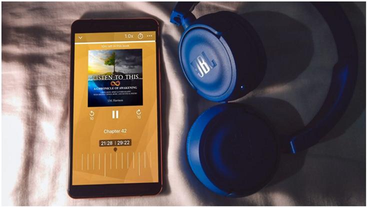 audiobook_headphones-shot.png