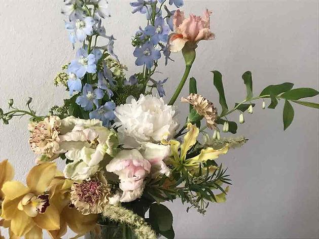 FORMA-flowerdelivery.jpg