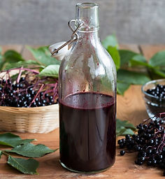 elderberry-syrup-istock-847236602_madele
