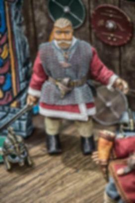 Beowulf puppet - Rattlebox Theatre