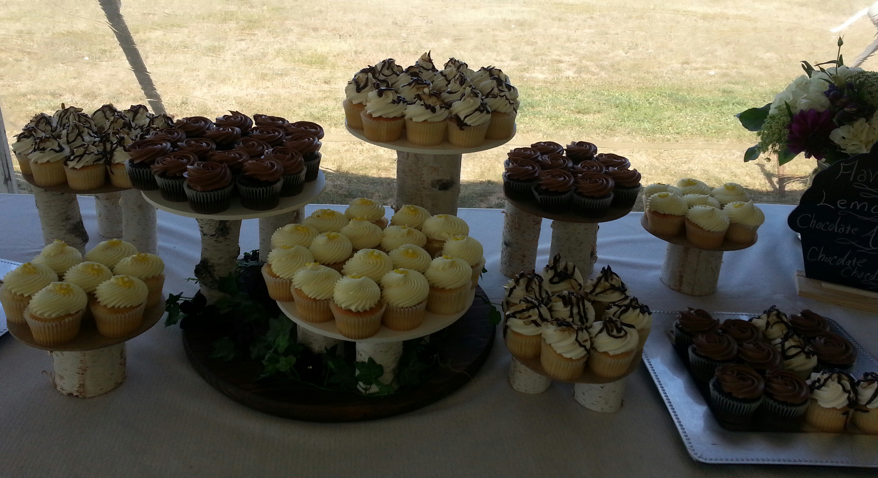Cup Cake Dessert Table