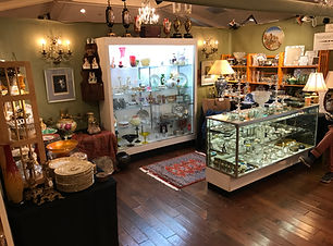 OAKMONT ANTIQUE SHOW 2018 BOOTH