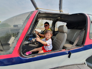 Outdoor Learning Experience: Learning About Aircraft