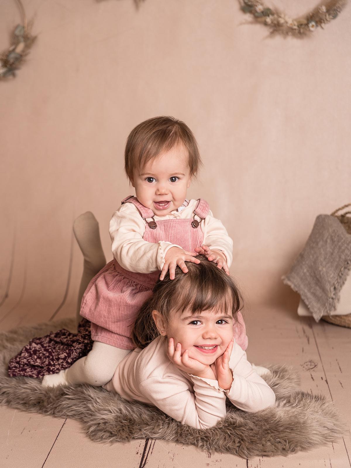 Geschwister Mädchen