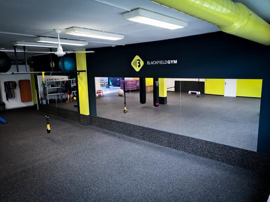 blackfield gym fitness brno.jpg