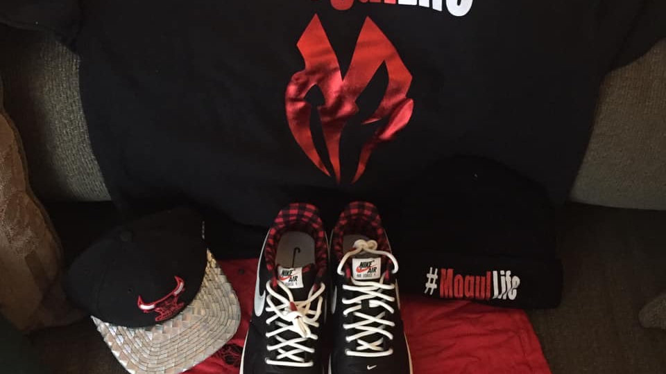 """""""QuINnvILLe"""" T-Shirt (shoes and hat not included)"""