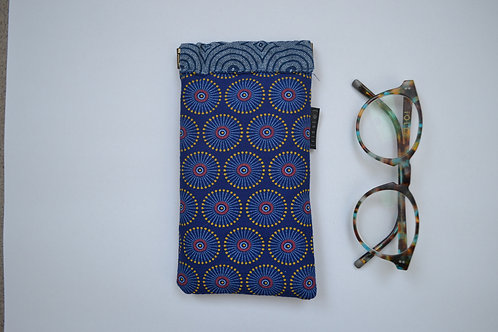 Blue fabric spring top glasses case