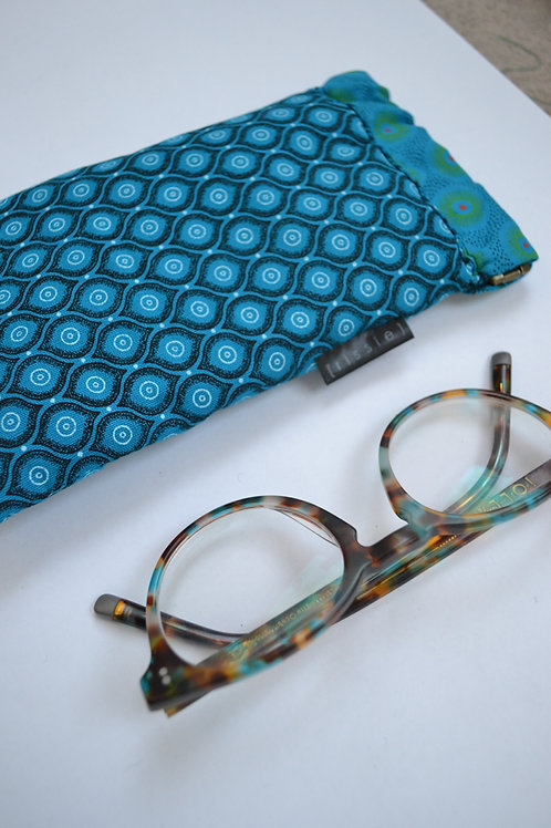 Turquoise fabric spring top glasses case