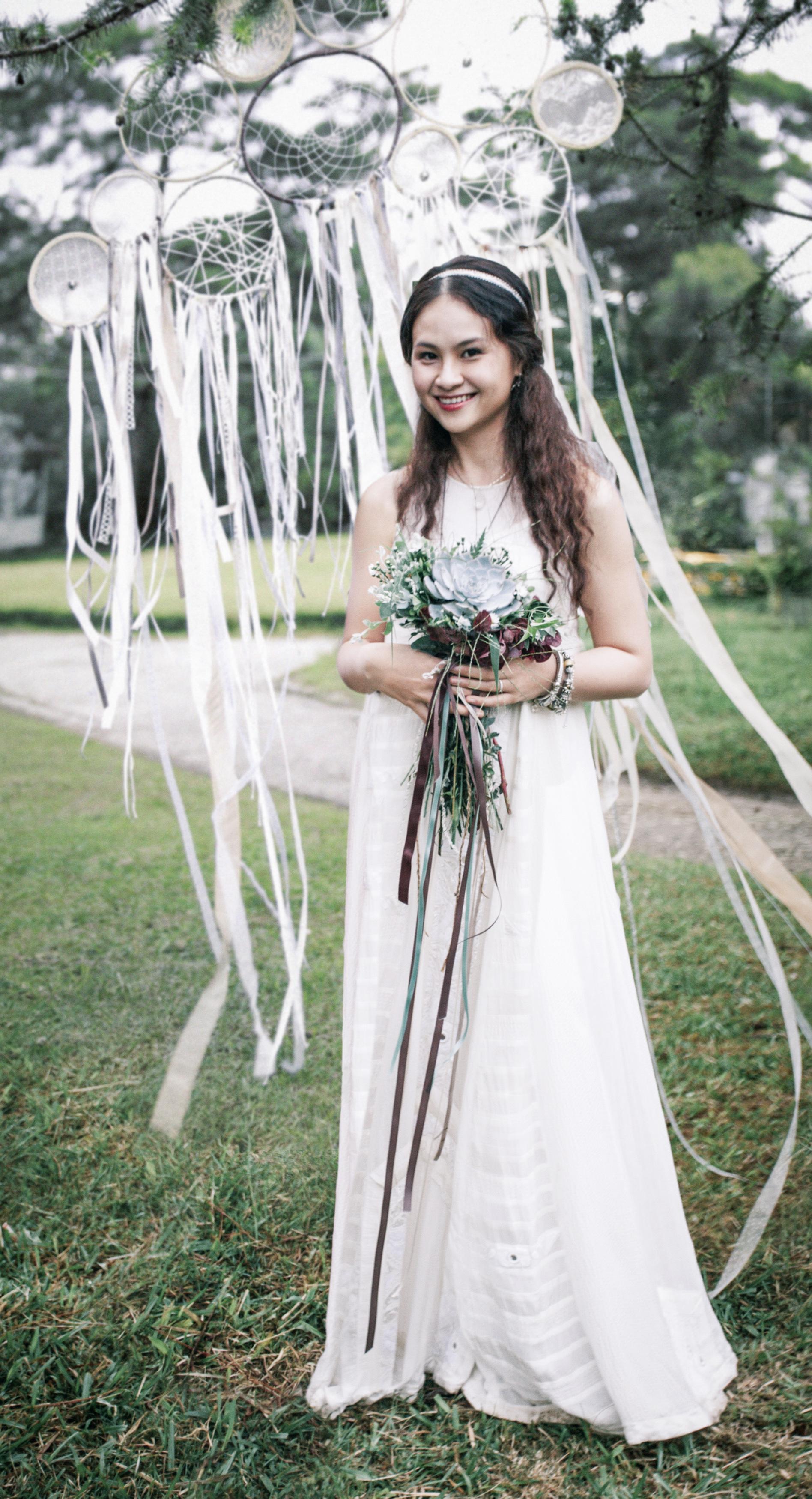 bride-aloneedited_2