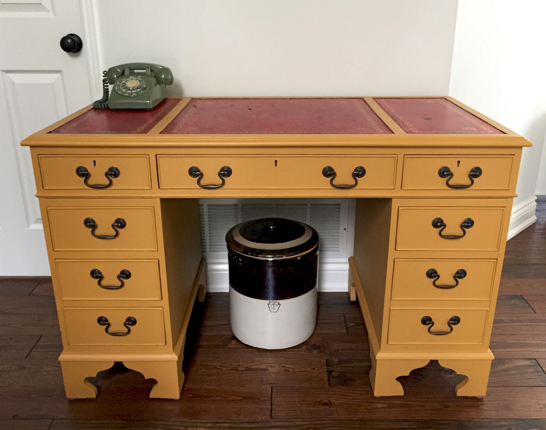Mustard Desk