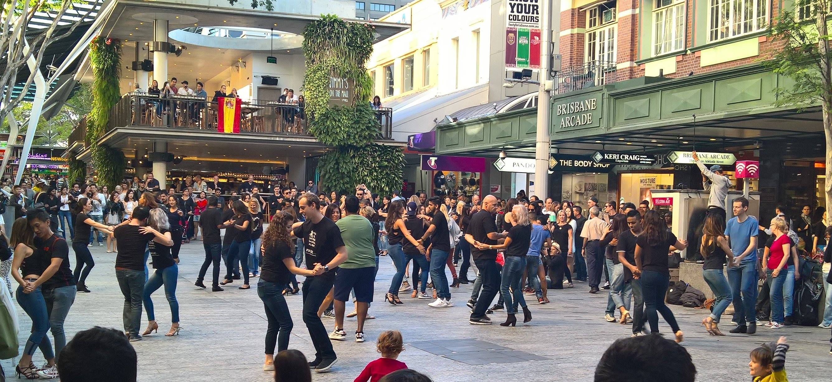 Paradizo - Queen Street Mall 2016