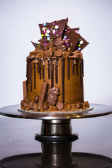 Buttercream Chocolate Drip Cake