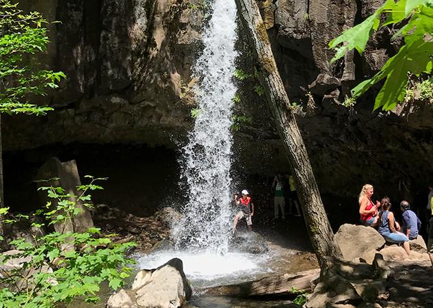 Cachoeira Hedge Creek