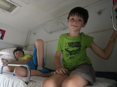 En route vers le Vietnam : train de nuit de Nanning à Hanoï...que de surprises !!!!