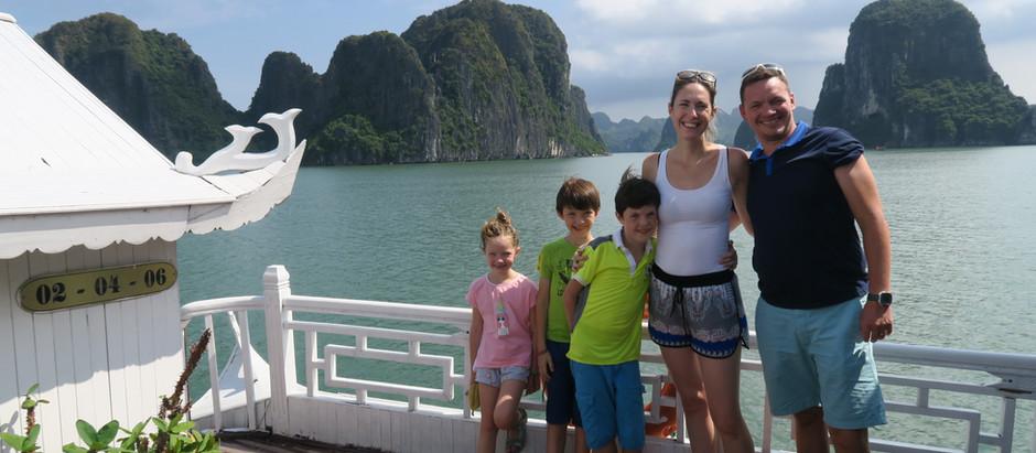 Baie d'Halong : Extraordinaire, vertigineux et à couper le souffle.