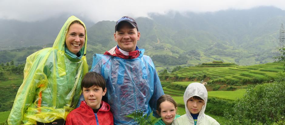 SAPA : 2 jours et une nuit de trecking de 14 et 12 km sous la pluie… Une expérience déconcertante ..