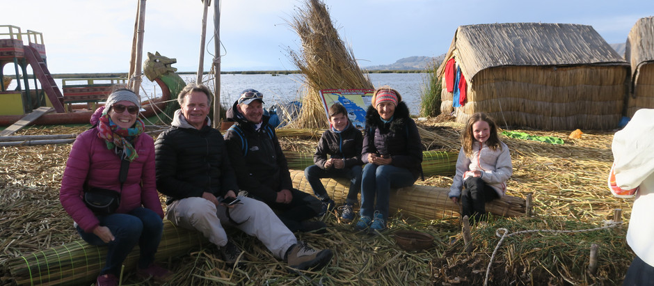 Découverte de Puno et des îles Urus en famille.