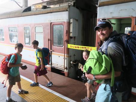 Rejoindre Nanning : 1 bus, 2 métros, un train (15h) et un taxi : une vraie épopée....