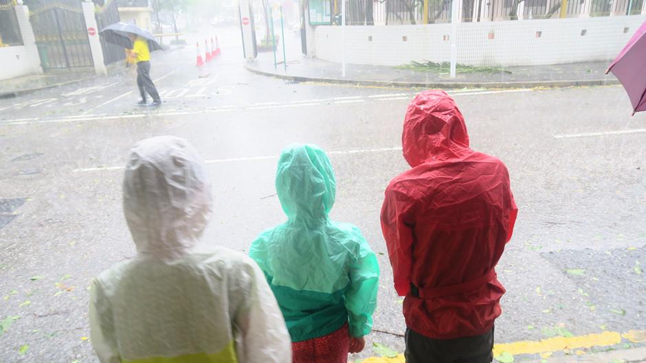 Jour 11 à HK : Typhon et nos plans changent...