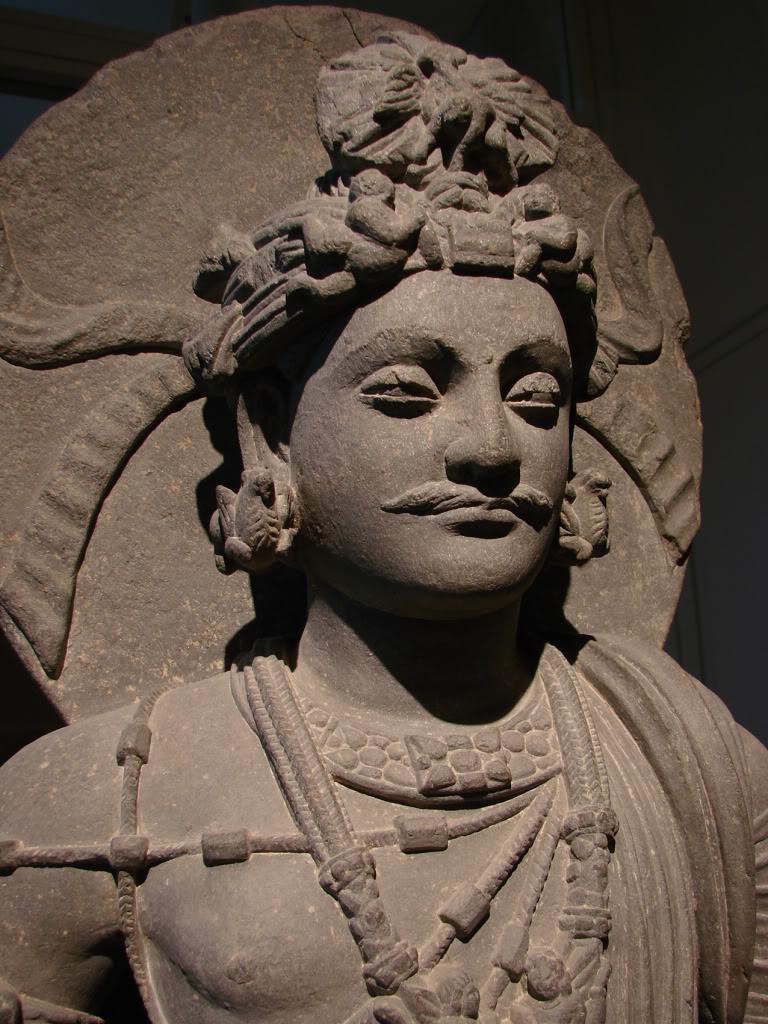 Standing Bodhisattva found in Musée Guimet