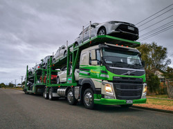 2x VOLVO CAR CARRIERS