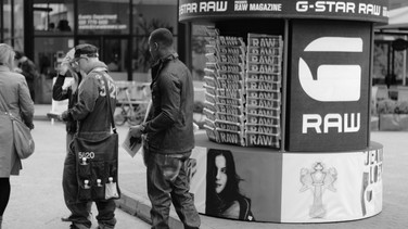 G-STAR RAW FASHION PARADE AND BRANDED CONTENT DISTRIBUTION